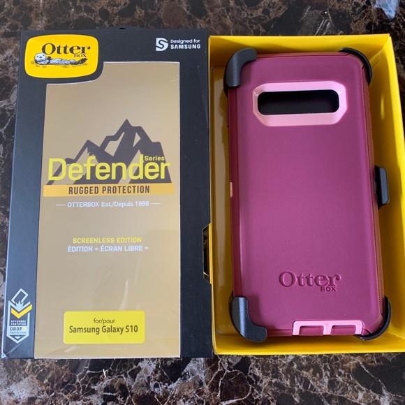 f96127c06b1f NEW Galaxy S10 Purple Otterbox Defender Case